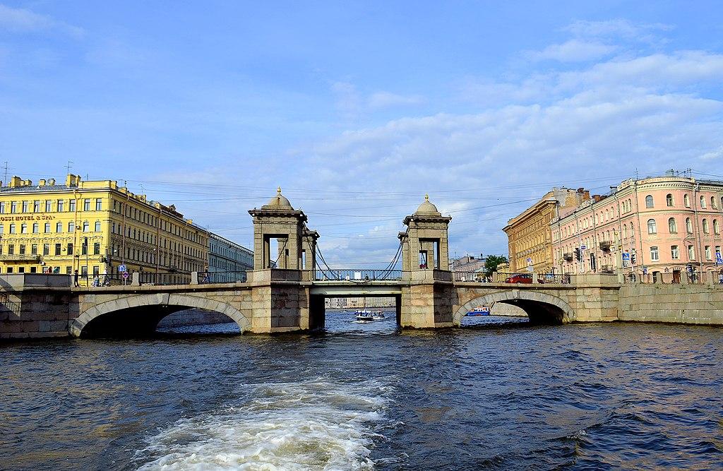 Мост Ломоносова. Фото: GAlexandrova (Wikimedia Commons)