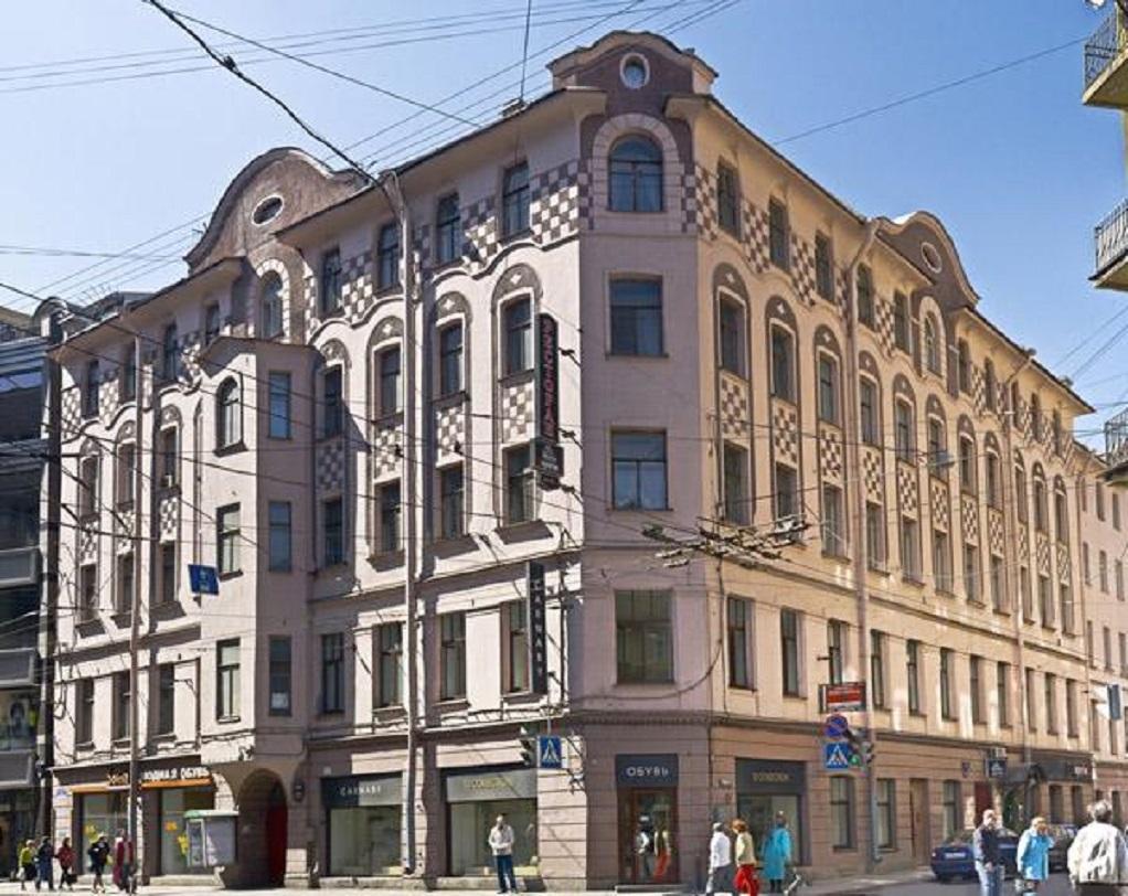 Ординарная улица в Санкт-Петербурге. Фото: citywalls.ru