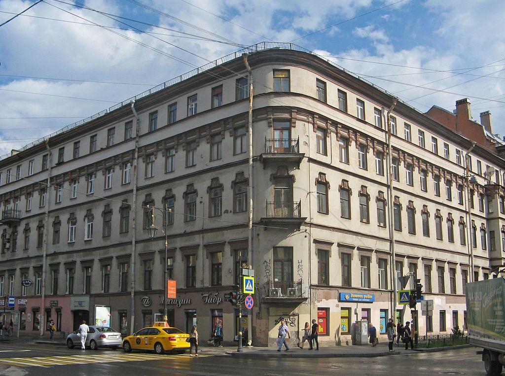 Дом на углу ул. Пестеля и Моховой ул.Фото: Екатерина Борисова (Wikimedia Commons)