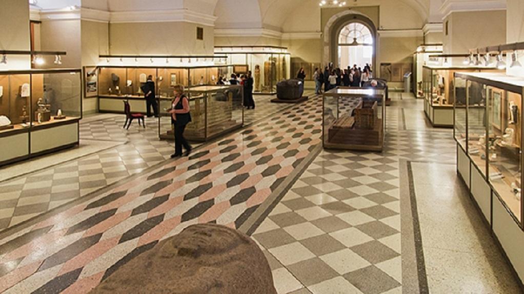 3. Зал Древнего Египта в Эрмитаже, Зимний дворец, 1 этаж. (Wikimedia Commons)