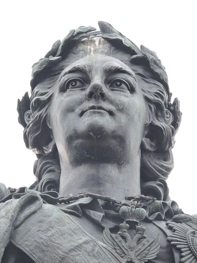 Памятник Екатерине ΙΙ. Фото: Monoklon at Russian Wikipedia