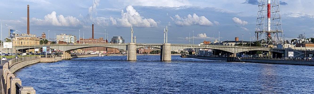 Кантемировский мост в Санкт-Петербурге. Фото: Alex 'Florstein' Fedorov (WikiPhotoSpace)