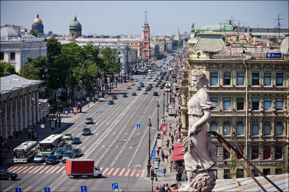 Невский проспект, 31. Высотный Санкт-Петербург. Фото: Виталий Раскалов