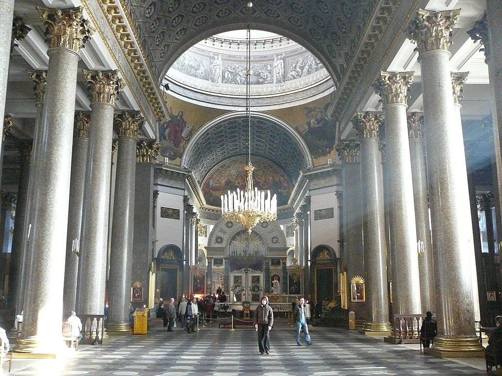 Внутреннее убранство собора. Фото: Алексеев Игорь Евгеньевич. Источник: wikimedia.org