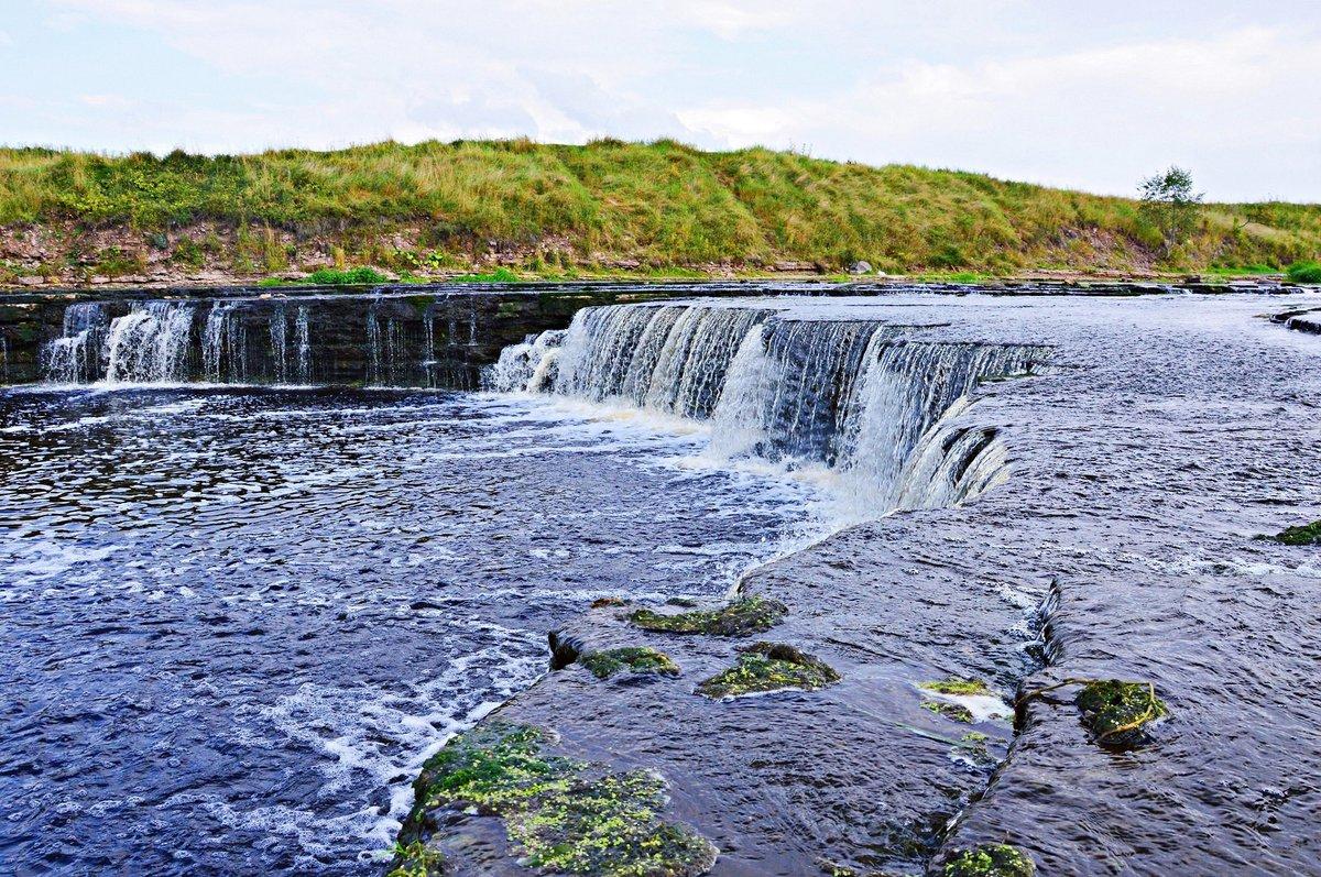 Тосненский водопад Фото: nat-geo.ru