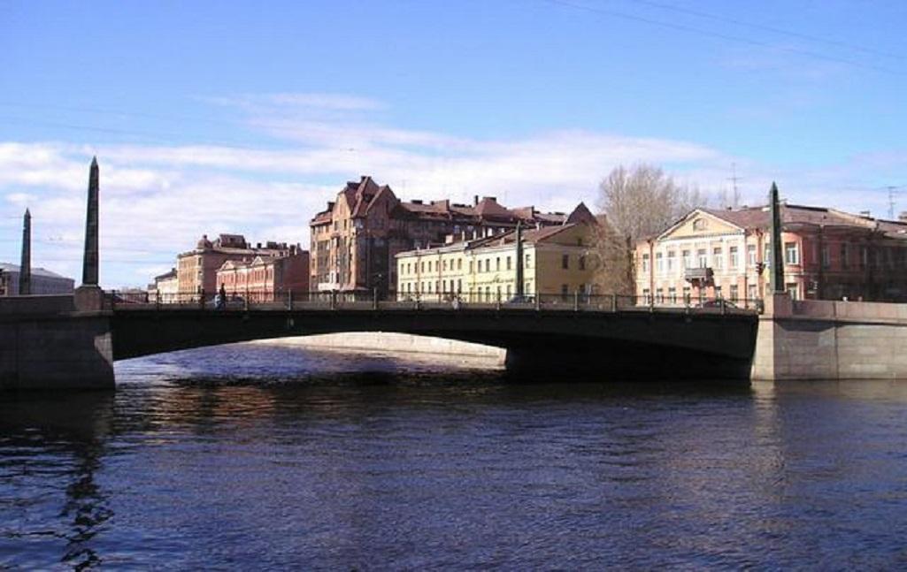 Египетский мост через Фонтанку в Санкт-Петербурге. Фото: Sergey kudryavtsev (Wikimedia Commons)