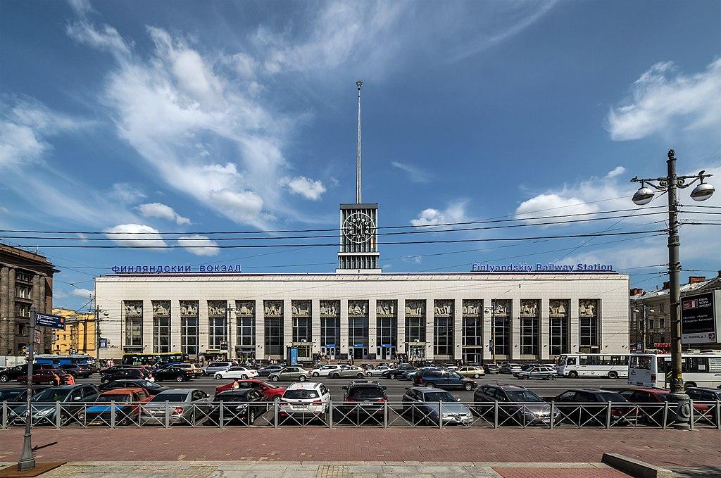Финляндский вокзал в Санкт-Петербурге. Фото: Florstein   (WikiPhotoSpace)