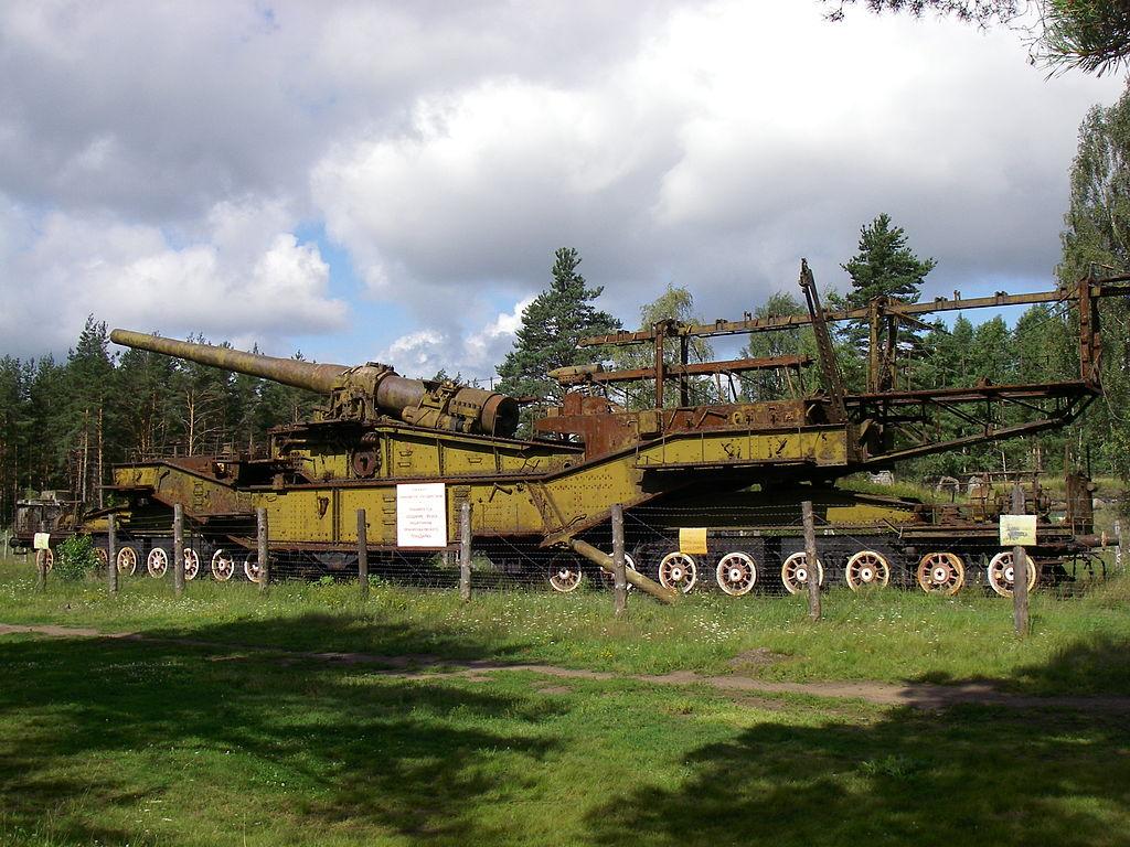 Форт 'Красная Горка'. 305-мм орудие ТМ-3-12 в форте Красная Горка. Фото: One half 3544