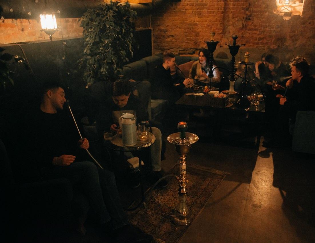 """1. """"Дом сведенных мостов"""" loft & lounge"""
