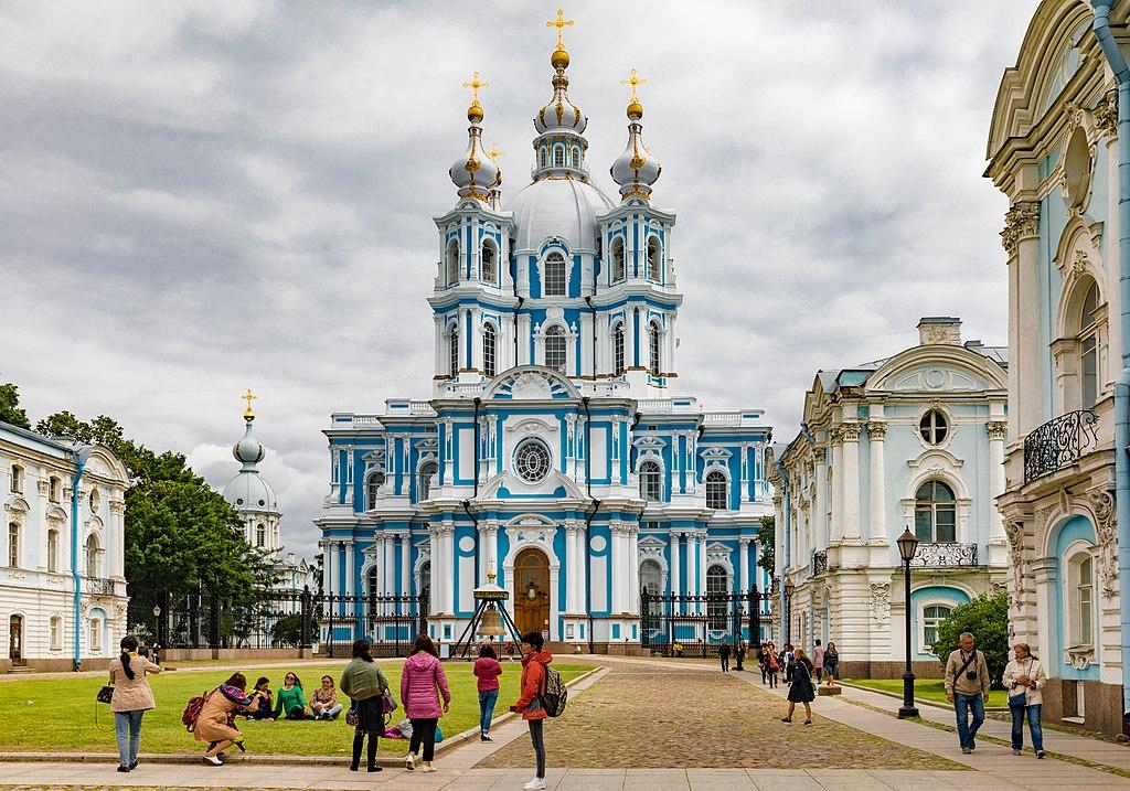 Смольный собор. Фото: Ninara from Helsinki, Finland (Wikimedia Commons)