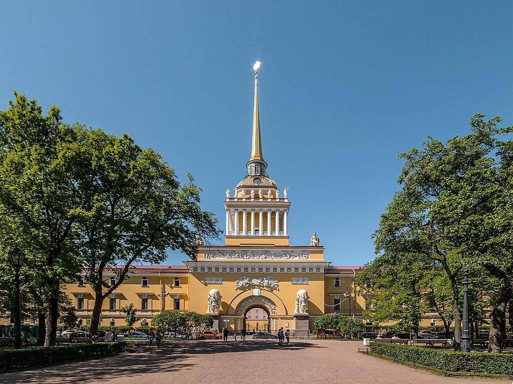 Главное адмиралтейство в Санкт-Петербурге. Фото: Florstein (WikiPhotoSpace)