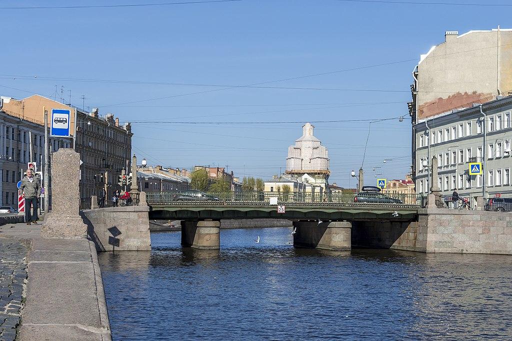 Аларчин мост в Санкт-Петербурге. Фото: Florstein (WikiPhotoSpace)