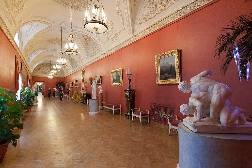 Античный зал Юсуповского дворца. Фото: IzoeKriv (Wikimedia Commons)
