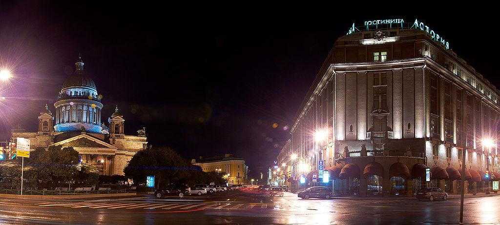 "Гостиница ""Астория"". Фото: Andrey Volodov (Wikimedia Commons)"