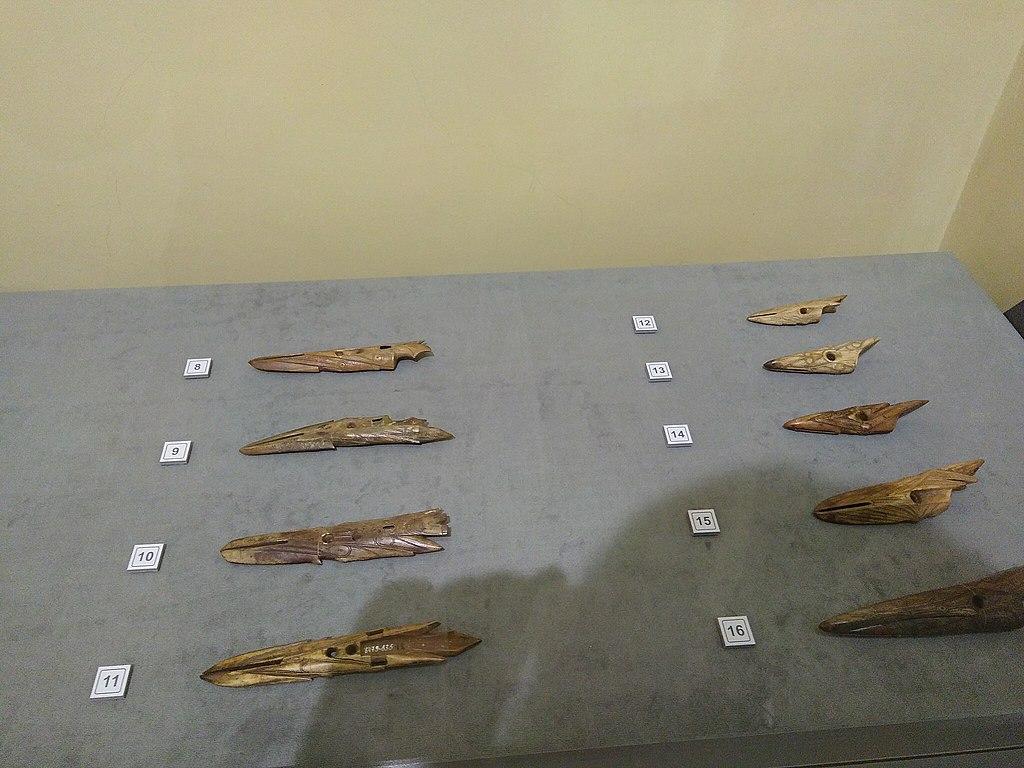 Наконечники гарпунов из собрания музея Кунст-камеры в Санкт-Петербурге 2019 г. Фото: Islast (Wikimedia Commons)