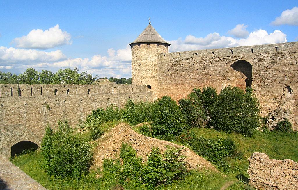 Ивангородская крепость. Фото: S URALA