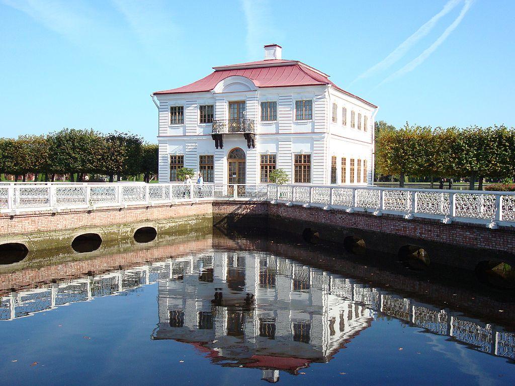 Дворец Марли. Фото: Chezenatiko (Wikimedia Commons)