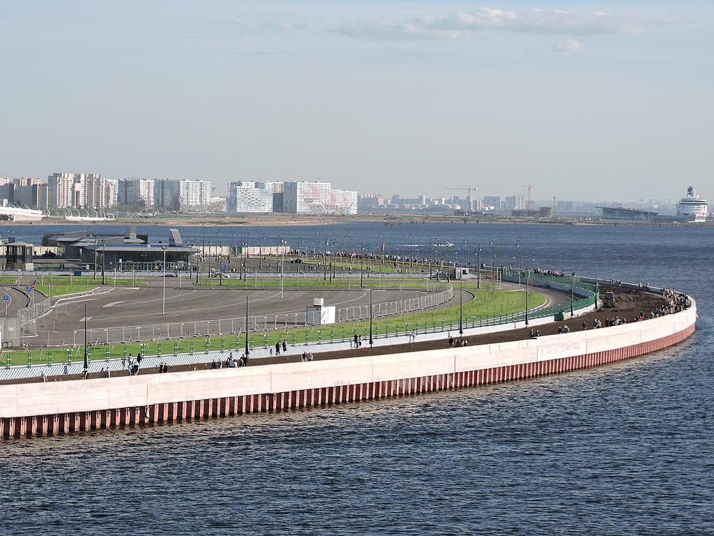 Крестовский остров. Фото: Monoklon (Wikimedia Commons)