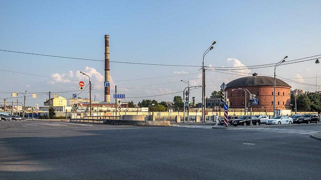 Набережная Обводного канала. Газгольдер. Фото: Florstein (WikiPhotoSpace)