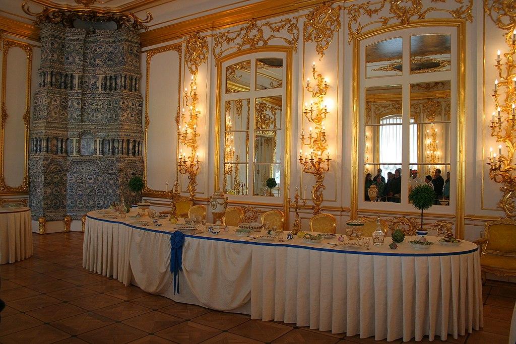 Кавалерская (Серебряная) столовая. Фото: A.Savin (Wikimedia Commons · WikiPhotoSpace)