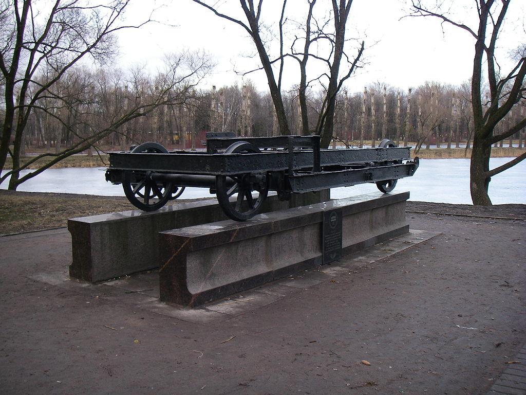 "Памятный знак ""Вагонетка"". Фото: One half 3544 (Wikimedia Commons)"