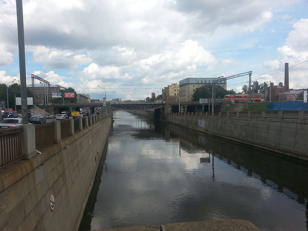 Санкт-Петербург. Обводный канал, Царскосельский железнодорожный мост. Фото: Peterburg23 (Wikimedia Commons)
