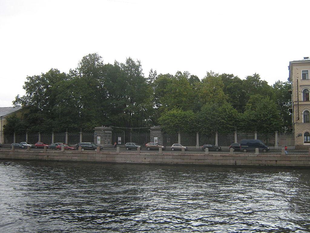 Измайловский сад. Фото: Peterburg23 (Wikimedia Commons)