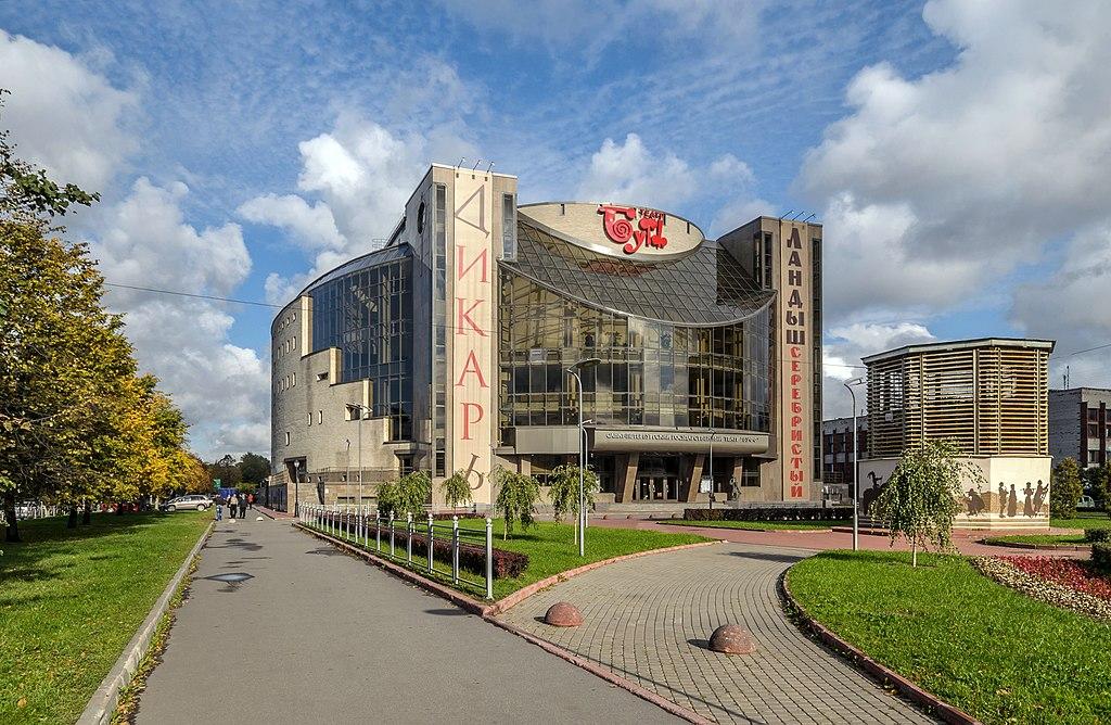 10. Театр Буфф. Фото: Florstein (WikiPhotoSpace)