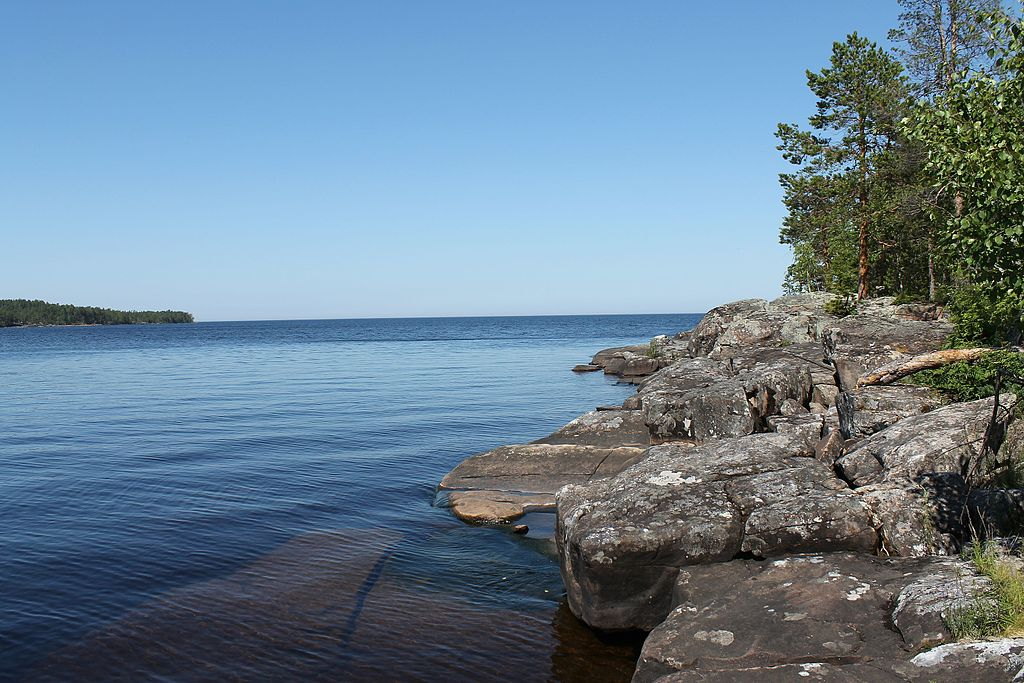 Онежское озеро. Автор фото: groshev1971 (Wikimedia Commons)