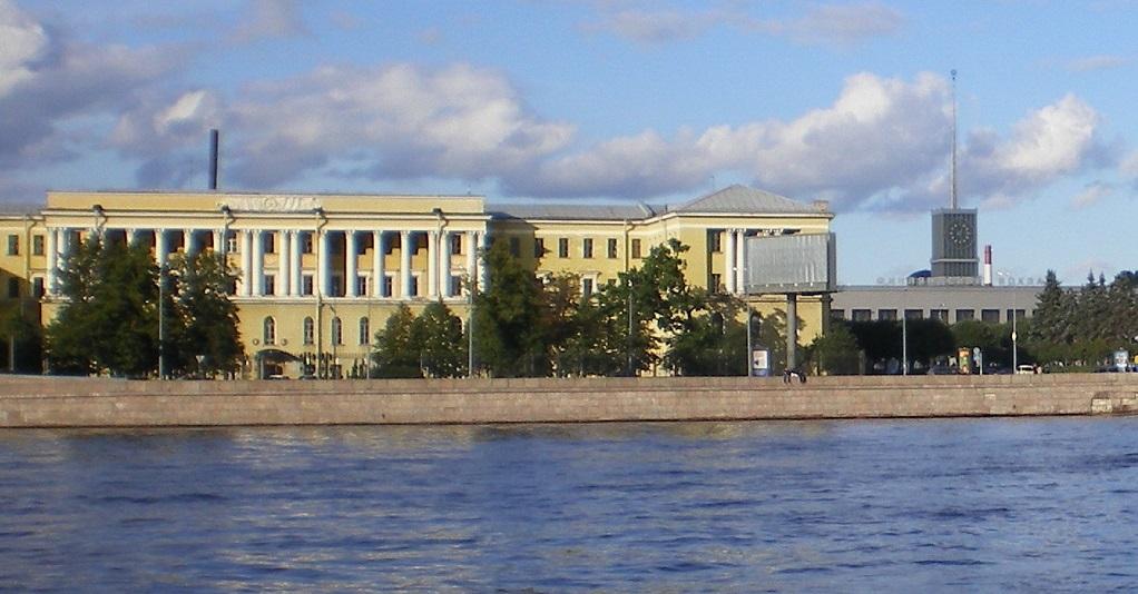 Михайловская военная артиллерийская академия. Фото: Андрей!