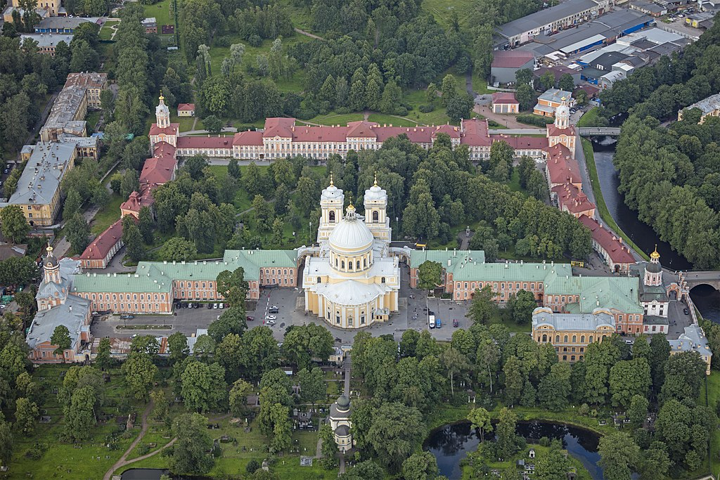 Свято-Троицкая Александро-Невская Лавра. Фото: Godot13 (Wikimedia Commons)