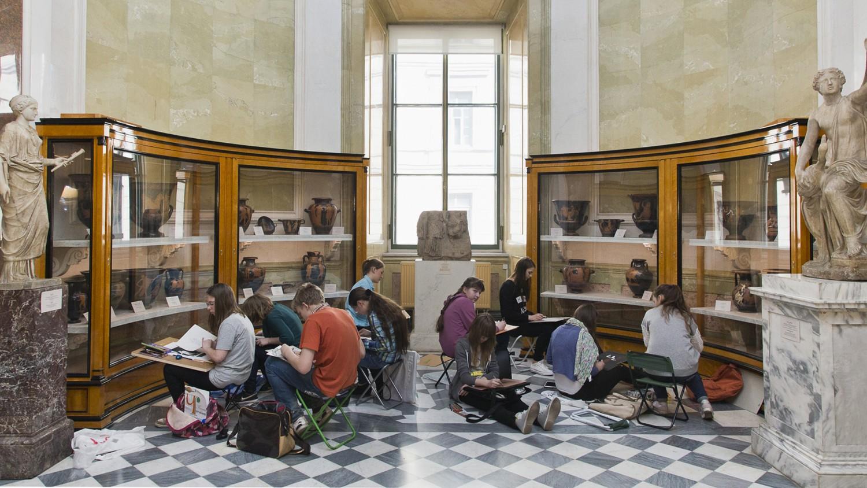 Отдел Античного мира Эрмитажа, источник фото: http://www.hermitagemuseum.org/wps/portal/hermitage/research/restoration/antiquities_department