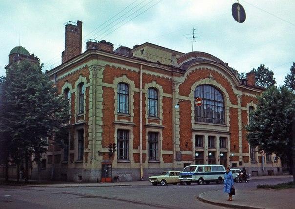 Дом культуры железнодорожников. 1987 г. Фото: citywalls.ru
