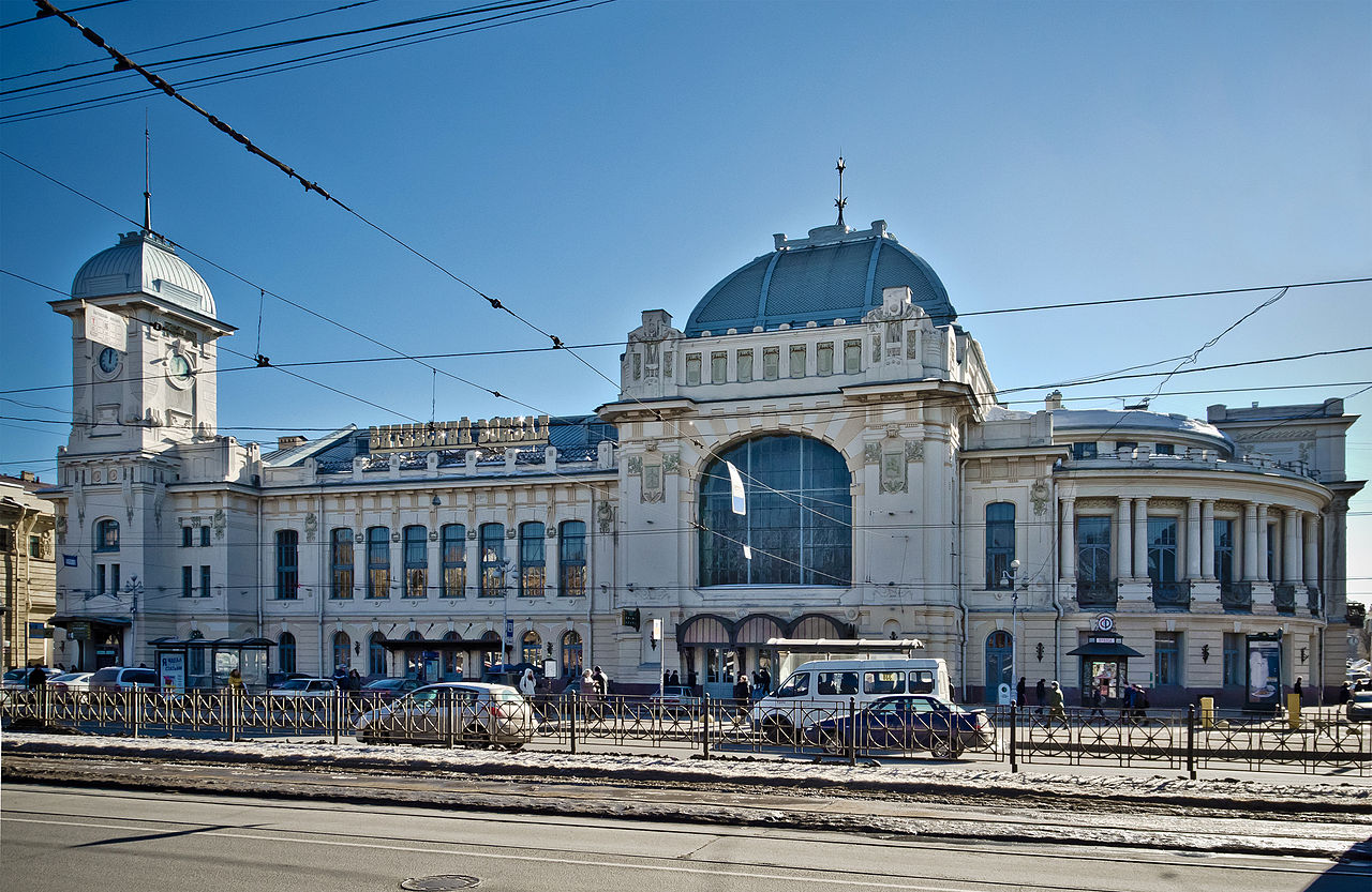 Витебский вокзал. Автор фото: Florstein (WikiPhotoSpace)