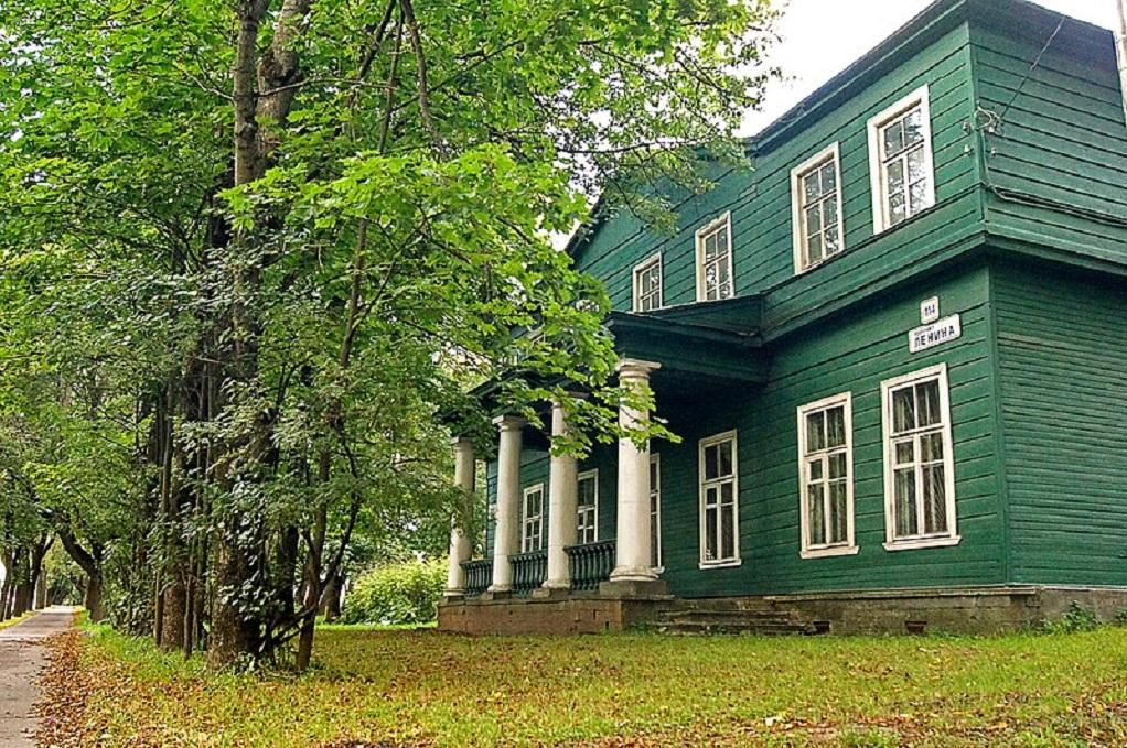 Дворец князя Михаила Павловича в Красном Селе. Фото: ru.wikivoyage.org