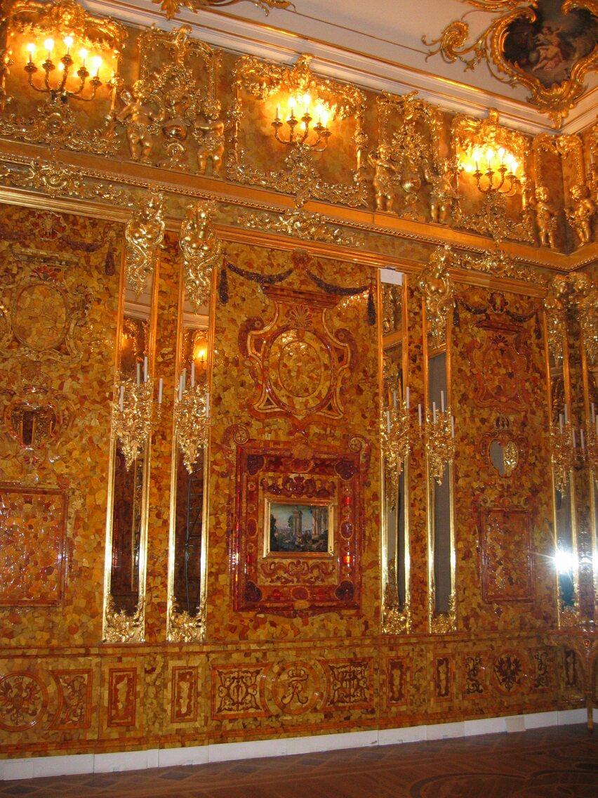 Екатерининский дворец, воссозданная Янтарная комната. Автор: Georg Dembowski. User Schoschi on de.wikipedia