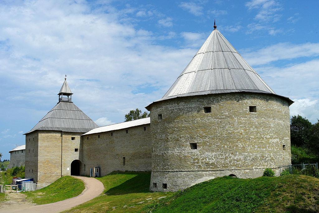 "Крепость ""Старая Ладога"". Фото: Dionisius1976 (Wikimedia Commons)"