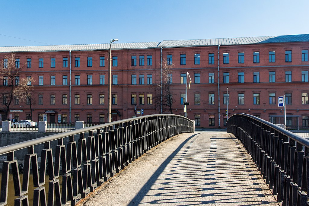 Borisov Bridge, Saint Ptersburg, Russia. Фото: Alexey Komarov (Wikimedia Commons)