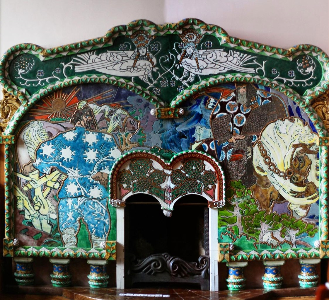 "Камин ""Вольга Святославич и Микула Селянинович"" в доме Бажанова. Фото: Игорь Кленовый"