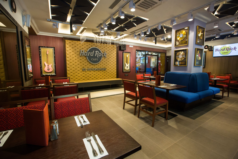"Кафе ""Hard Rock Cafe"""