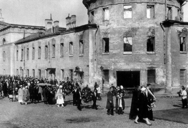 Похороны А. Блока. Литовский замок