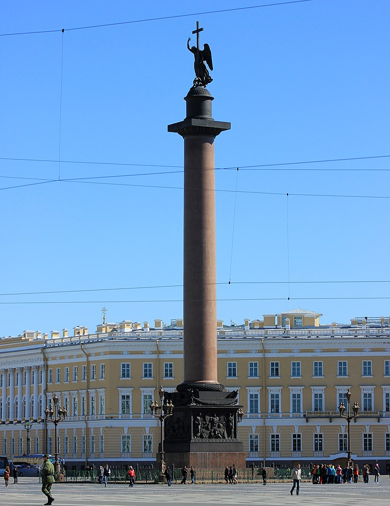 Ангел Александровской колонны. Дворцовая площадь. Автор фото: Kora27