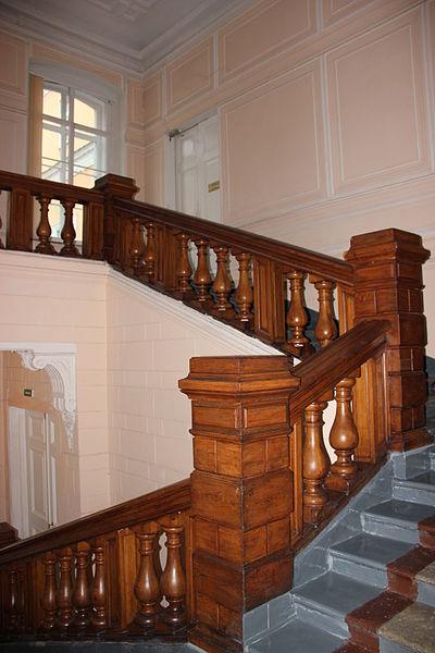 Главная лестница Шуваловсого дворца. Автор: Museumhygiene, Wikimedia Commons