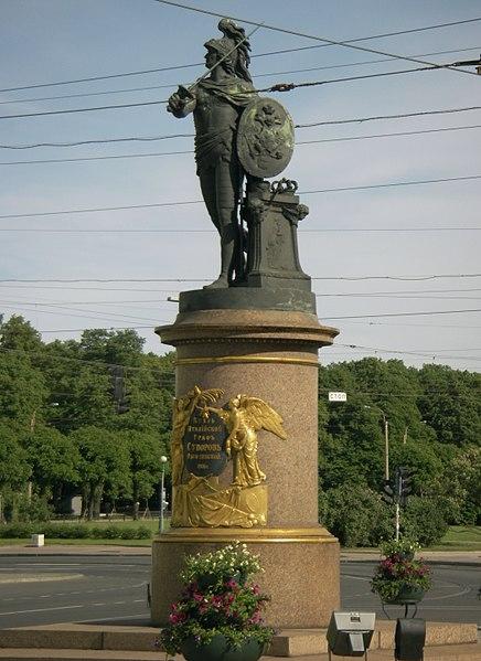 Памятник Суворову возле троицкого моста, Санкт-Петербург. Фото: George Shuklin (Wikimedia Commons)