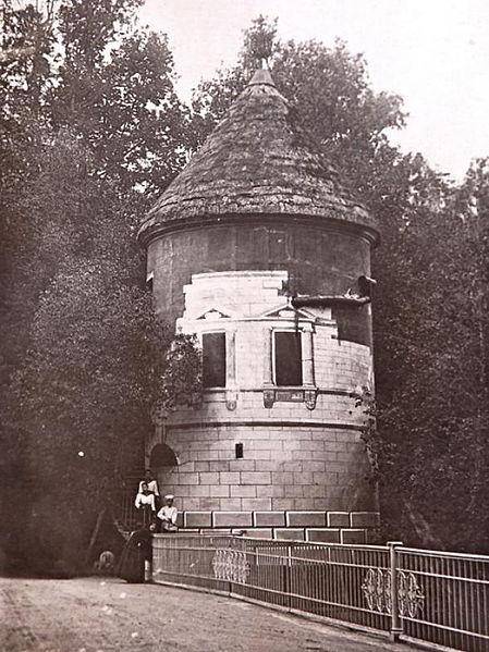 Пиль-башня, 1990. Автор: Неизвестен, Wikimedia Commons