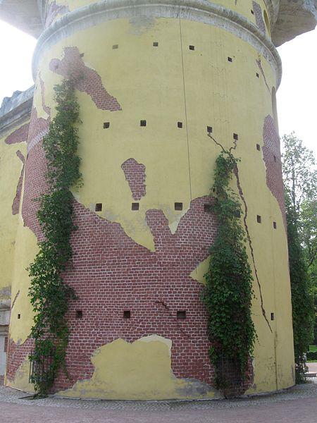 Башня-руина. Автор: Ljubimaja Muza, Wikimedia Commons