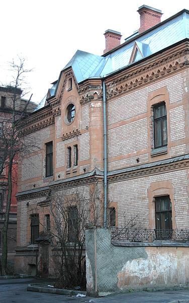 Особняк В. А. Шретера. Боковой фасад со стороны двора. Фото: citywalls.ru