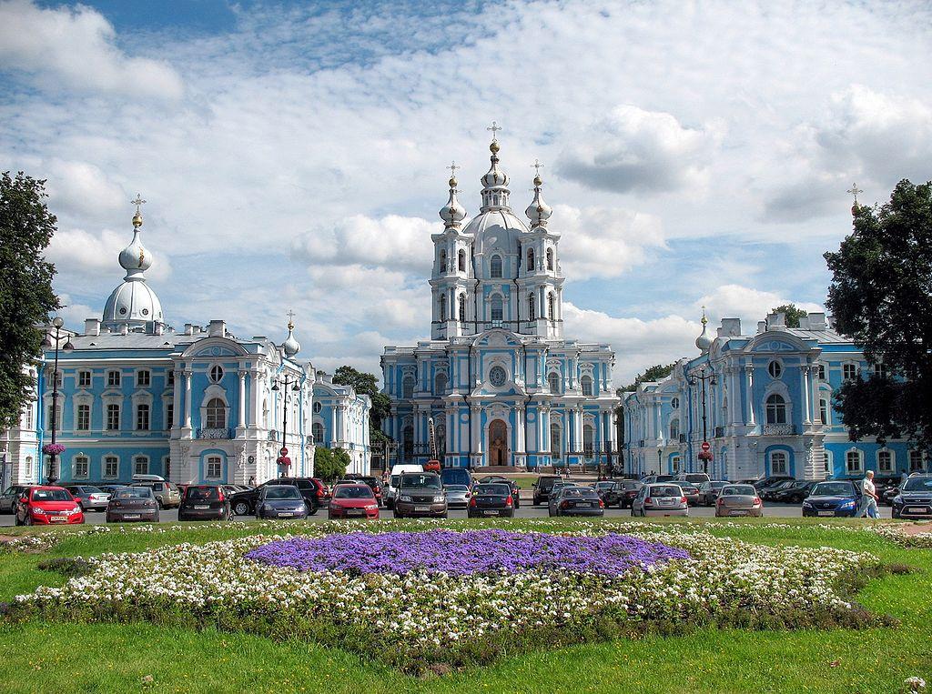 Санкт-Петербург. Смольный Воскресения Христова собор (Смольный собор), 2010. Фото: Alexxx1979 (Wikimedia Commons)