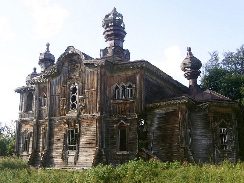 Фото Церкви Елисея Пророка. Автор:  Автор: Жан Бено. С сайта kolesa.ru.
