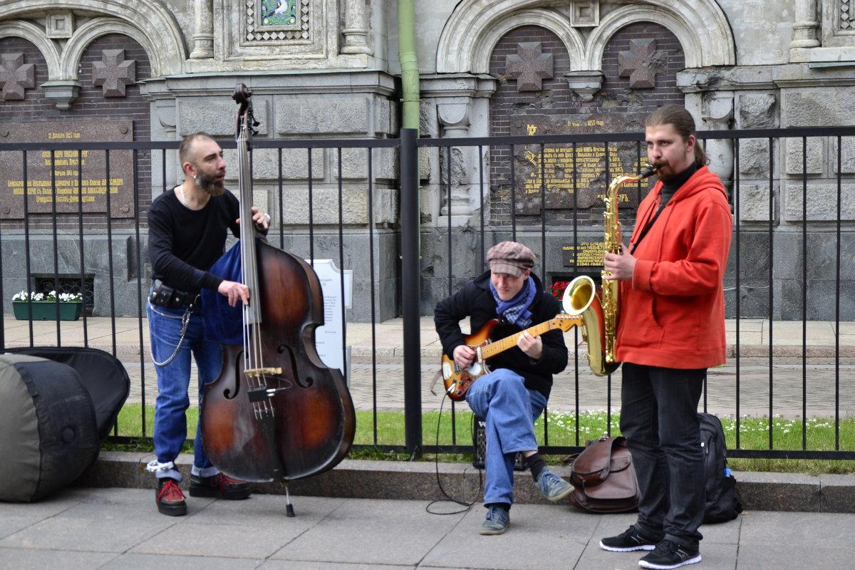 Форум. уличные музыканты Санкт-Петербурга - Alexandr Yemelyanov.